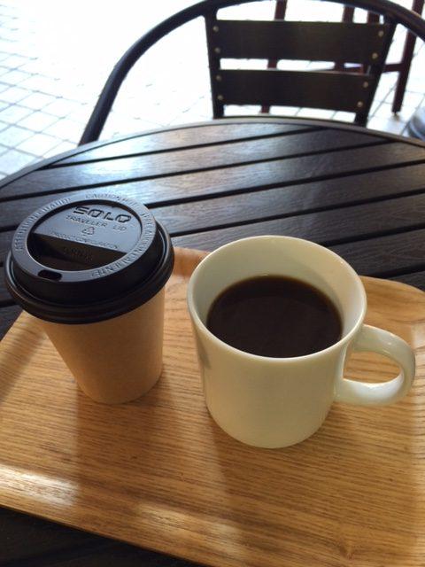 お召し上がりのコーヒーカップ